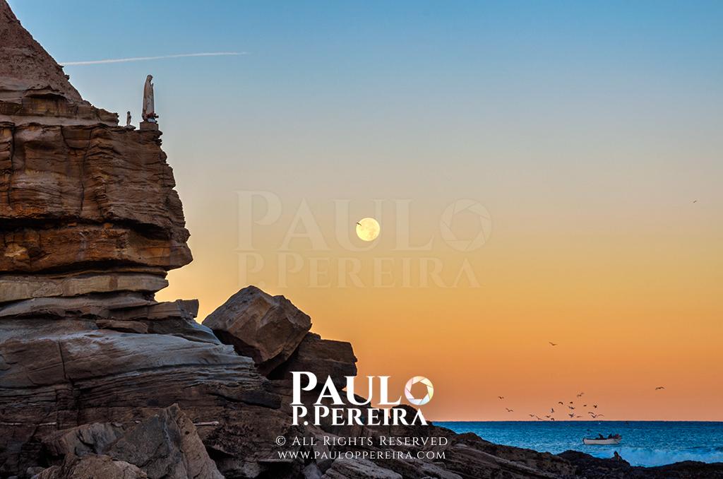Santa Rita - Moonset