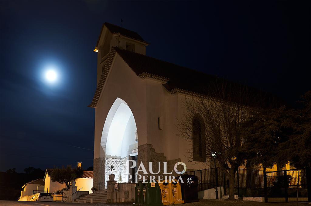 Moonset - Igreja Maceira
